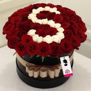 kırmızı güller kutuda harfli-yenimahalle çiçek